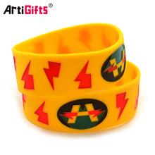 Venta caliente delicado personalizado kids pvc wristbands