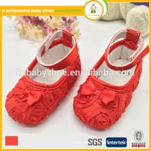Mais novo design recém-nascido lindo cetim laço bebê vestido de garota sapatos
