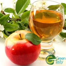 Frisches Apfelsaftkonzentrat (Ajc) trinken