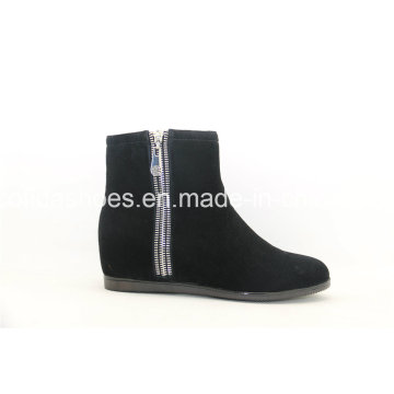 Hot-Sale Comfort Inside Increased Leather Women′s Boots