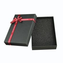 Boîte faite sur commande d'emballage de papier de cadeau avec le ruban en soie
