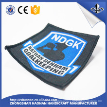 2017 New Custom Iron-on Embroidery Labels for Clothing Garment