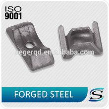 Peças forjadas a quente de aço com carbono e liga