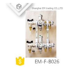 EM-F-B026 Colector de latón de 6 orificios niquelado, 2 orificios
