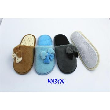 Women's Fashion Winter Fleece Binding Indoor Slippers