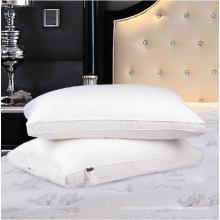 Oreiller en plumes d'oreiller en velours ultra-doux pour hôtel cinq étoiles