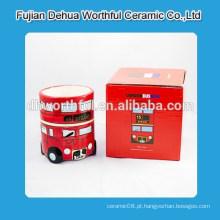 Caneca cerâmica com design de ônibus de Londres