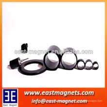 Imán duro sinterizado de la ferrita imán radial del rollo de la magnetización / anillo del anillo de la ferrita
