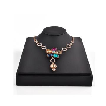 Horizontal Black Leather Jewelry Bust Wholesale