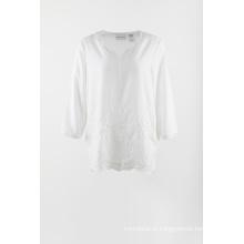 Blusa branca de chiffon bordado 3/4 de manga