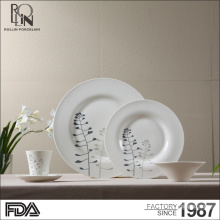 Good quality hotel and restaurant round shape applique ceramic plate white porcelain dinner plate