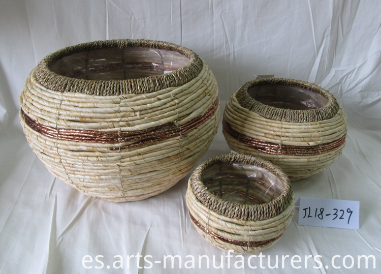 weaving flower basket