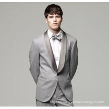 Los hombres del diseño de la manera formales forman el juego de los hombres de la boda