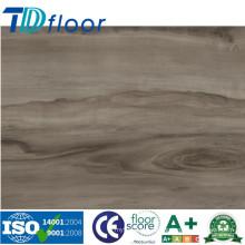 Piso de madera impermeable al por mayor del vinilo del PVC del grano de la fábrica