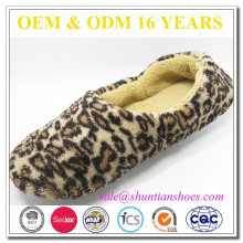 Latest design soft leopard coral fleece back closed slipper for woman