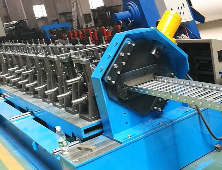 Cable tray heavy duty automatic machine