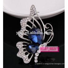 Broche en cristal de papillon charmante