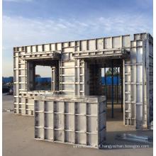 Sistema de cofragem para colunas de laje de parede de alumínio