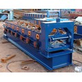sistema hidráulico Ridge cap tile roll forming machine
