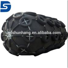 Pára-choque de borracha pneumático marinho de 3.3mx 5.5m com a rede da corrente e do pneumático feita em China
