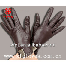 Ladies studs leather gloves with accessory