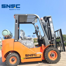 2.5 Ton Gas Fork Lift dengan shifter sampingan