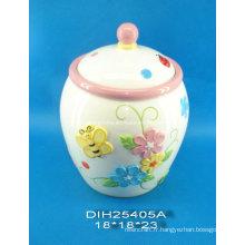 Pot de ceramique peint à la main avec décoration papillon
