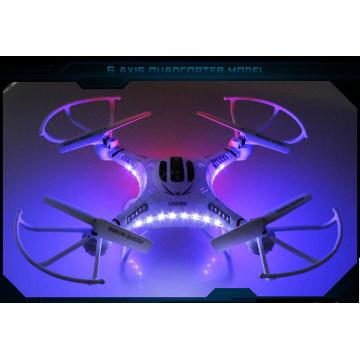 Drone quadricoptère télécommandé 2.4G avec caméra
