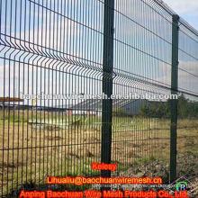 Revestimiento de PVC verde con cercas temporales soldadas