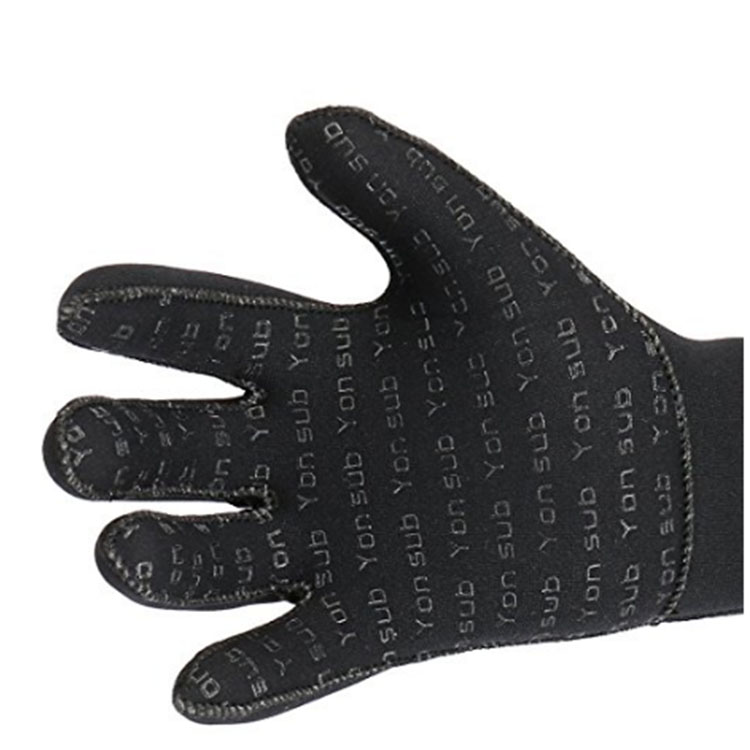 Microfiber Made Gloves