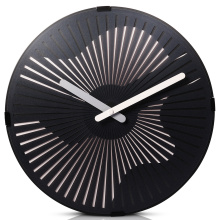Motion Wall Clock- Tocando la guitarra