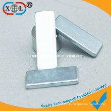 Ímã permanente do retângulo do revestimento do zinco com tamanho diferente