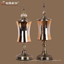 jarrón decorativo casero al por mayor de los galss con la tapa y la base inferior