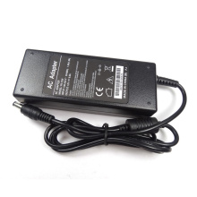 Alimentation universelle 12v 10a 120W AC DC Adapter
