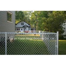 Parement en extérieur moulé par fil Clôture de jardin / clôture en PVC revêtue de PVC / clôture en PVC recouverte de jardin
