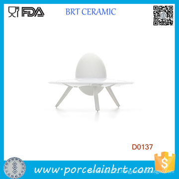 New Fashion Whte UFO Shape Ceramic Eggg Cup