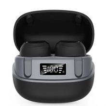 Écouteurs Bluetooth sous le casque de moto