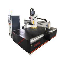 Machine à changer les outils de gravure sur bois