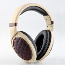 Alta calidad auriculares de alta fidelidad con cojín de oído grande (hq-h511)
