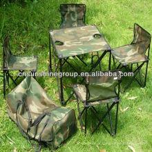 Dobrável, cadeira de acampamento e tabela de dobramento no saco de transporte para exterior