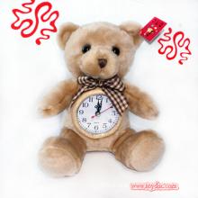 Плюшевые часы для плюшевого медведя