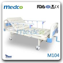 M104 Un lit d'hôpital mécanique à commande de manivelle