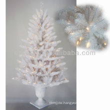 Cool Lighted White Christmas Tree
