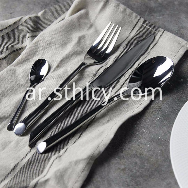 Expertly Crafted Flatware