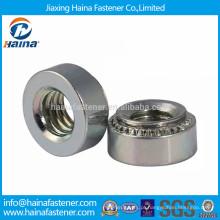 Inserção de porca de pressão chapeada de zinco em aço carbono PEM SO