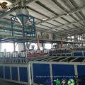 Ligne d'extrusion de profilés de mousse en plastique en bois PE / PP / PVC WPC