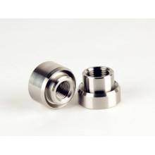 Piezas de torneado de precisión hechas de acero inoxidable, en una buena calidad y un precio competitivo.