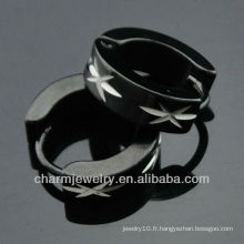 Boucles d'oreilles en acier chirurgical de mode en forme de pendentifs hommes gravés en forme de boucles d'oreilles noires Huggies HE-096