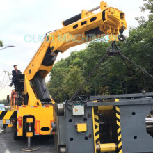 Heavy Truck Mounted Crane With Folding Boom