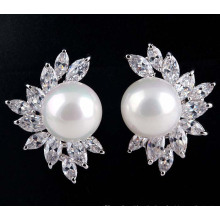 Korean High Quality Zircon Inlaid Pearl Earrings Zircon